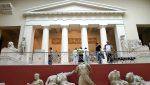Мединский пообещал сделать бесплатными для детей русские музеи