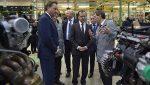 Медведев покатался поплощадке «АвтоВАЗа» наLada XRay