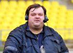 Уволенный сТВ русский футбольный комментатор принял участие вконцерте группы Ленинград