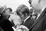 Нааукционе вСША прядь волос Джона Леннона продали за $35 тыс