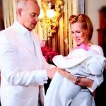 Олеся Судзиловская— сына назвали Майк